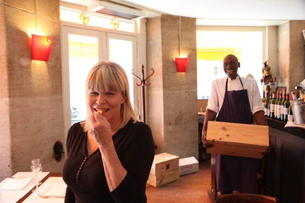 Les petites sorci res restaurant paris 14e ghislaine arabian ghislaine - Ghislaine arabian restaurant ...