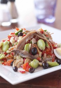 Salade niçoise © Maurice Rougemont