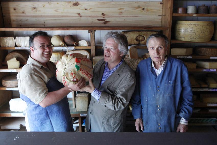 Victor, GP, Maurice Meunier... et un provolone © Maurice Rougemont