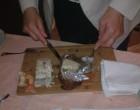Découpe du turbot en croûte de sel de crustacé