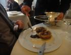 Le service du pâté chaud de canard ©GP