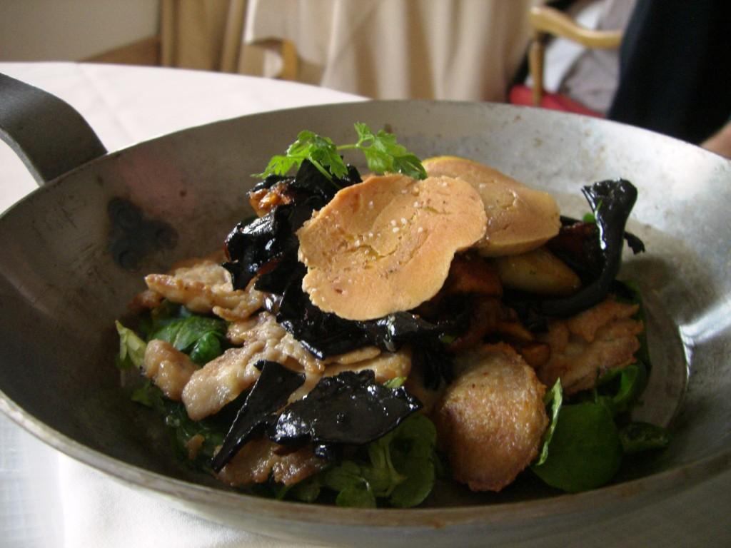 Salade de ris de veau croustillants et foie gras non class - Cuisiner le ris de veau ...