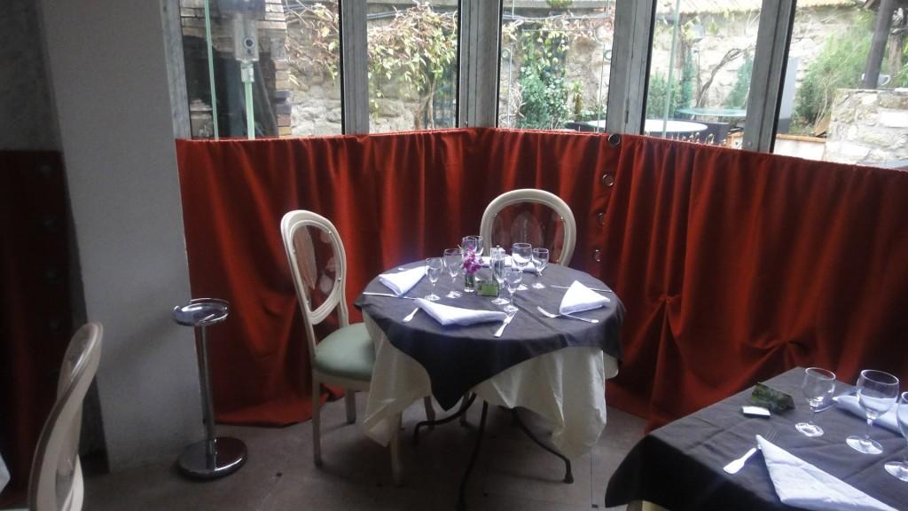 Le jardin clos restaurant rueil malmaison un jardin for Entretien jardin rueil malmaison