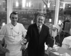 Le chef Frédéric Mauchien et le maître d'hôtel © Maurice Rougemont