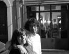 Nicolas et Emmanuelle de devant leur bistro © Maurice Rougemont