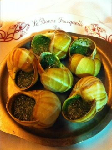 Escargots de Bourgogne © Didier Chambeau