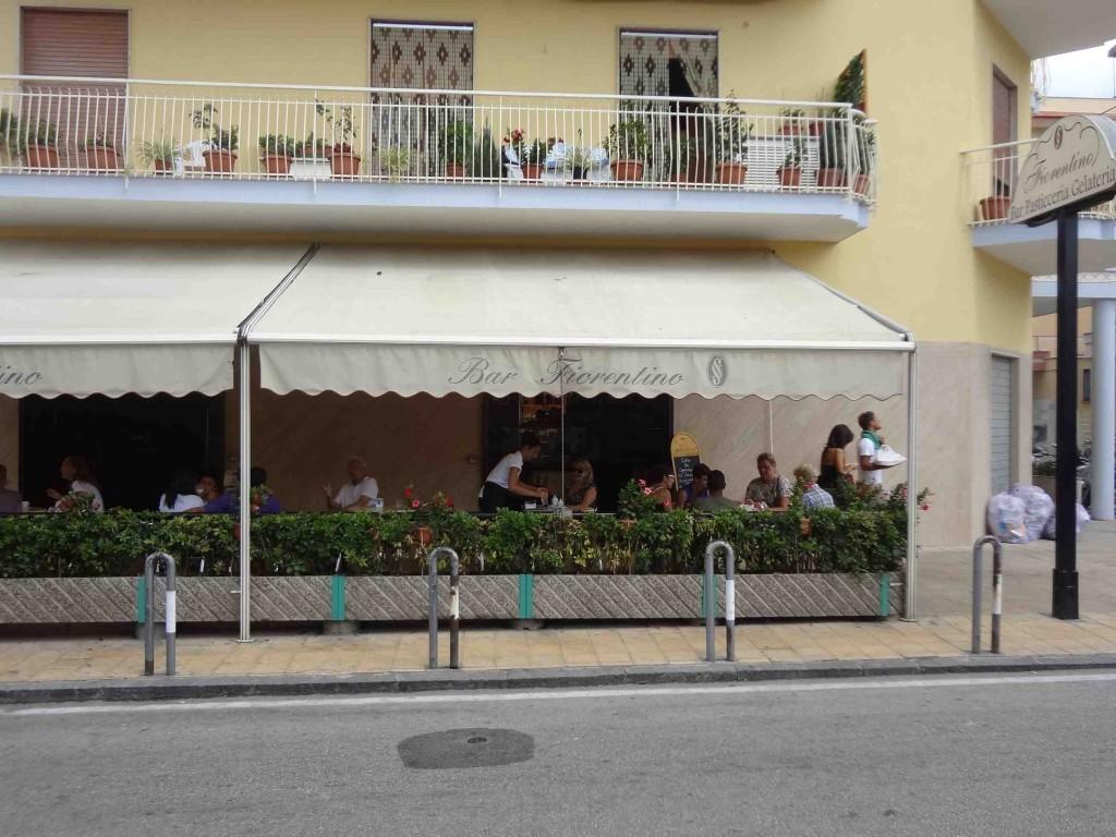 Terrasse couverte bar for Bar exterieur paris