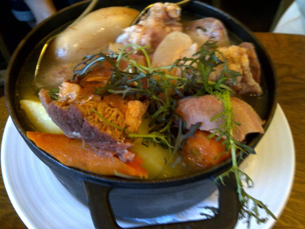 Restaurants Grenoble Ouvert Le  Aout