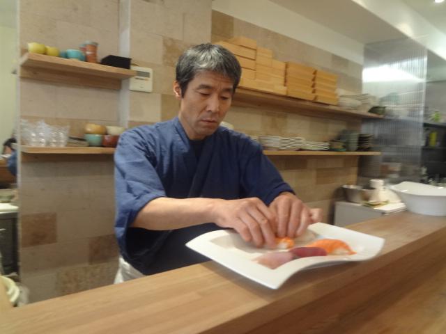 yuzu restaurant japonais paris 7e retour light. Black Bedroom Furniture Sets. Home Design Ideas
