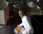Marie-Christine Musslin en cuisine ©Maurice Rougemont