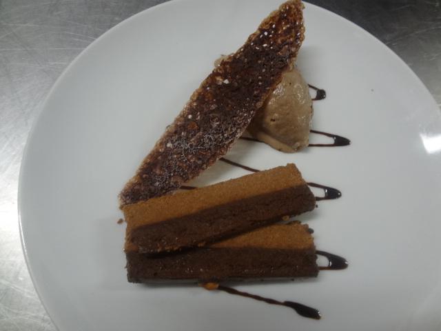 Fondant praliné, feuilleté au chocolat © GP