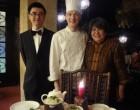 Le maître d'hôtel et les Vong ©GP