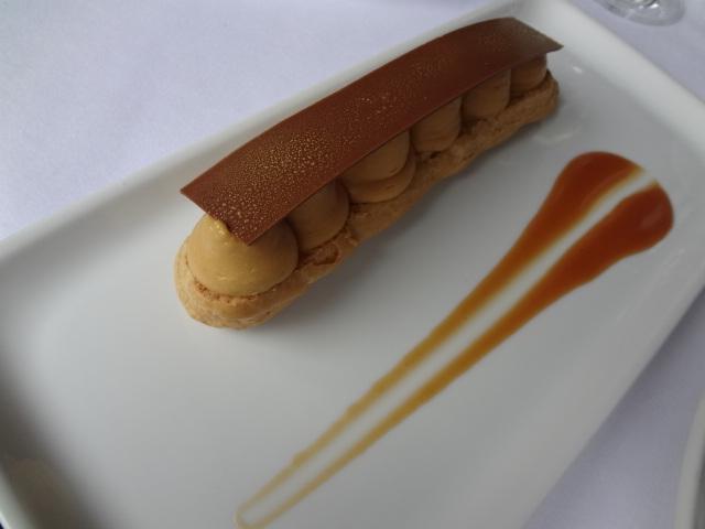 Eclair au caramel et beurre salé © GP