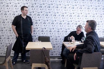 une cuisine en ville restaurant bordeaux l v nement lagraula coups de coeur. Black Bedroom Furniture Sets. Home Design Ideas