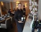 Le service du vin ©GP