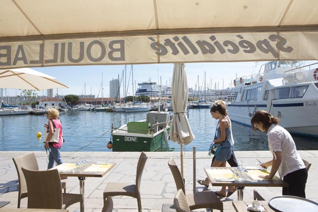 Le mayol restaurant toulon le port selon xavier for Restaurant le pointu toulon