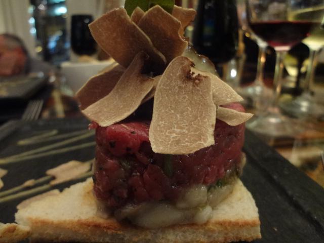 Tartare de veau à la truffe blanche © GP