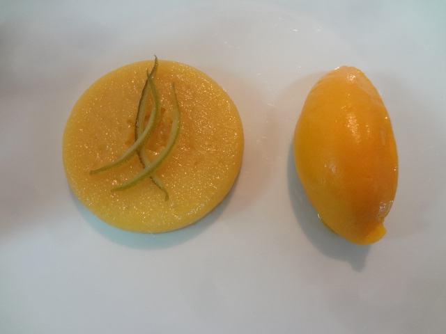 Flan coco, sorbet mangue © GP