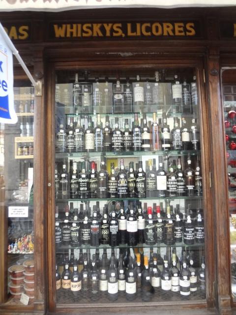 Vins, liqueurs © GP