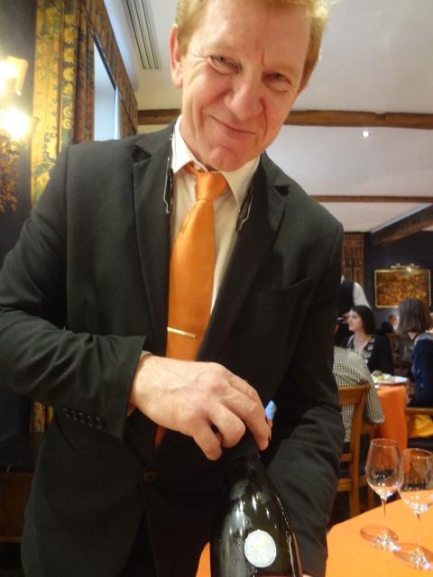 Martin Dalhem au service du vin ©GP
