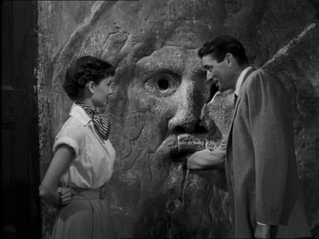 Audrey Hepburn et Gregory Peck de la Bocca della Verita © DR