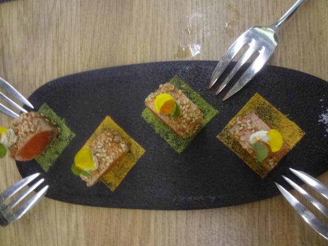 Sushis de saumon au sésame © GP