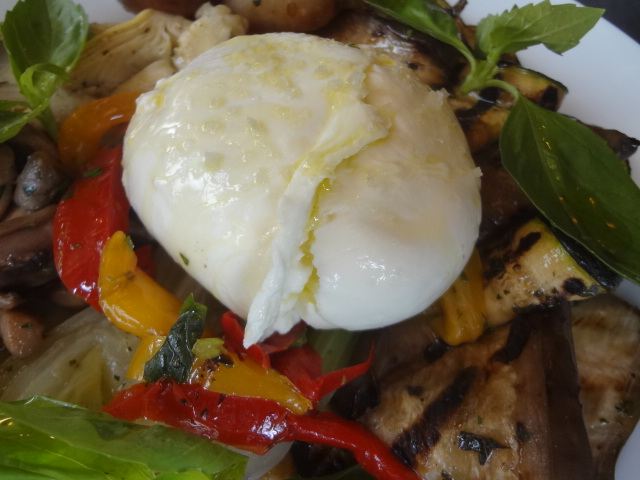 Mozzarella et légumes grillés © GP