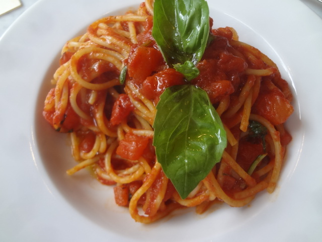 Spaghetti sauce tomate © GP