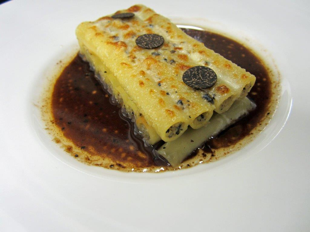 Gratin de macaronis farcis ©AA