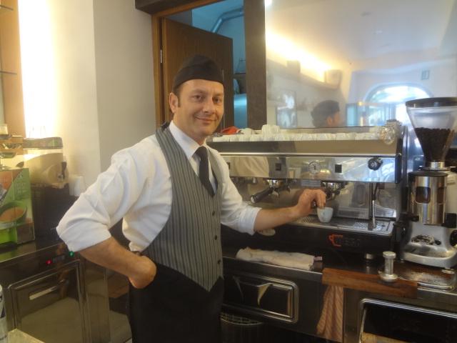 Service du café ©GP