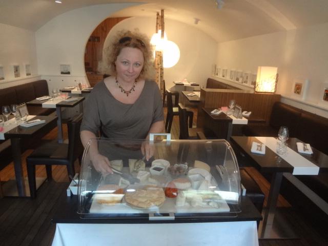 Anne Adam et les fromages © GP