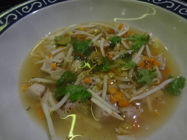 Coeur de thon au bouillon thaï © GP