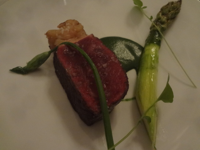 Boeuf de Galice, asperge, raifort © GP
