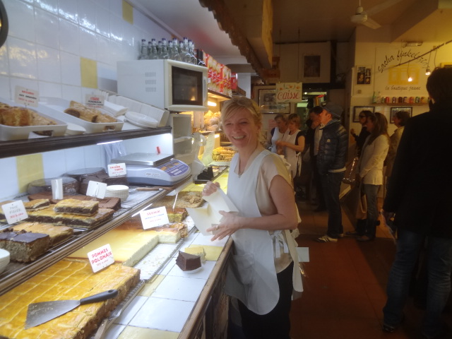 Sacha finkelsztajn la boutique jaune traiteur paris 4e le p 39 tit bonh - La boutique de laurence ...