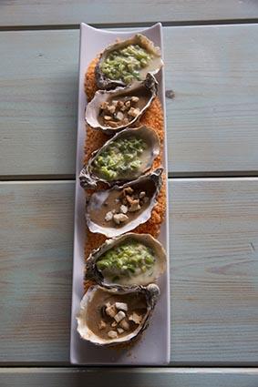Huîtres en trois saveurs ©Maurice Rougemont