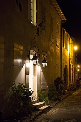 L'entrée de nuit © Maurice Rougemont