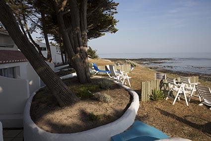 La plage © Maurice Rougemont