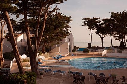 La piscine ©Maurice Rougemont