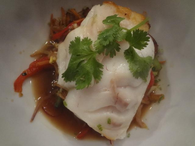 Cabillaud et wok de légumes © GP
