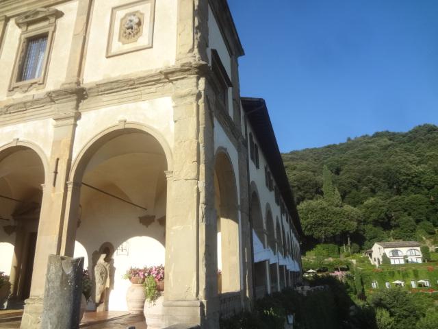La Villa San Michele vue de côté © GP
