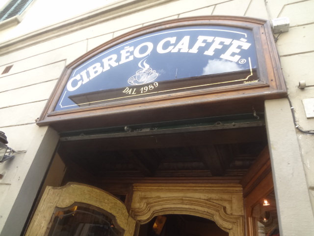 La façade du Caffè © GP