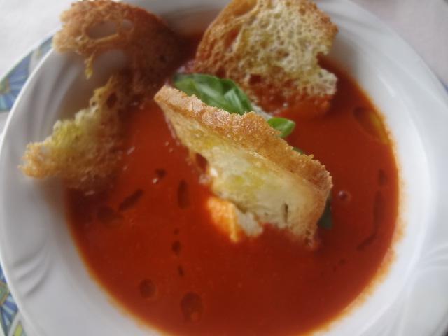 Velouté de tomate à la ricotta ©  GP