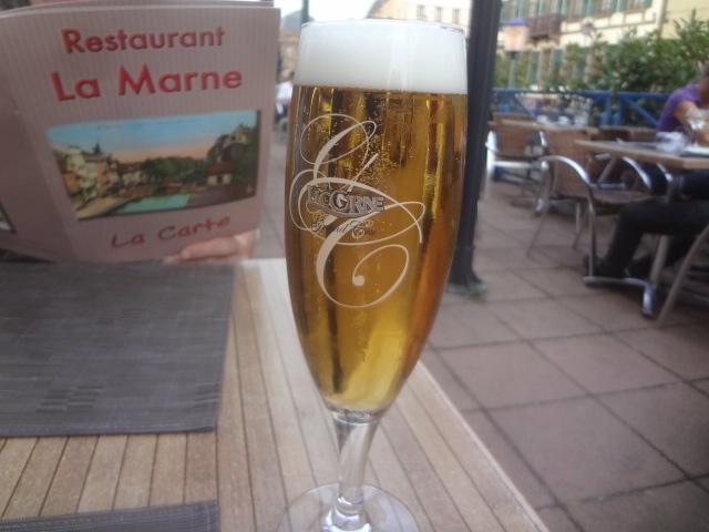 Une bière au bord du canal © GP