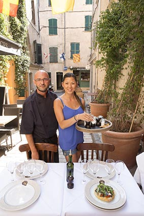 Le bistrot la truffe restaurant saint tropez la table - Restaurant la table de bruno saint maximin ...