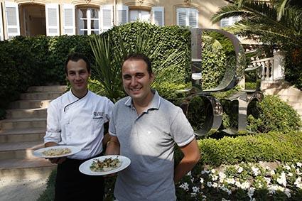 Julien Alessandri et le directeur © Maurice Rougemont