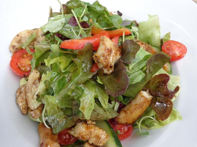 Salade au poulet © GP