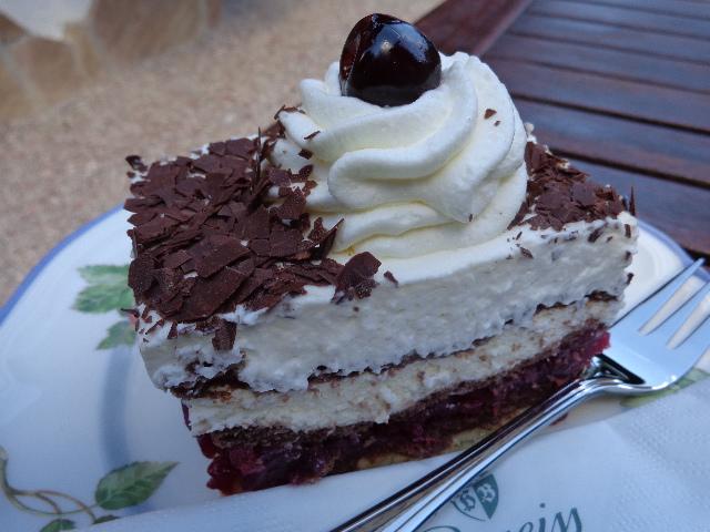 Tranche de gâteau Forêt Noire © GP