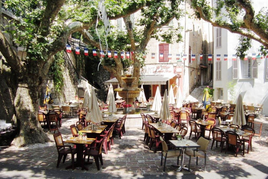 recherche garcon de cafe Ajaccio