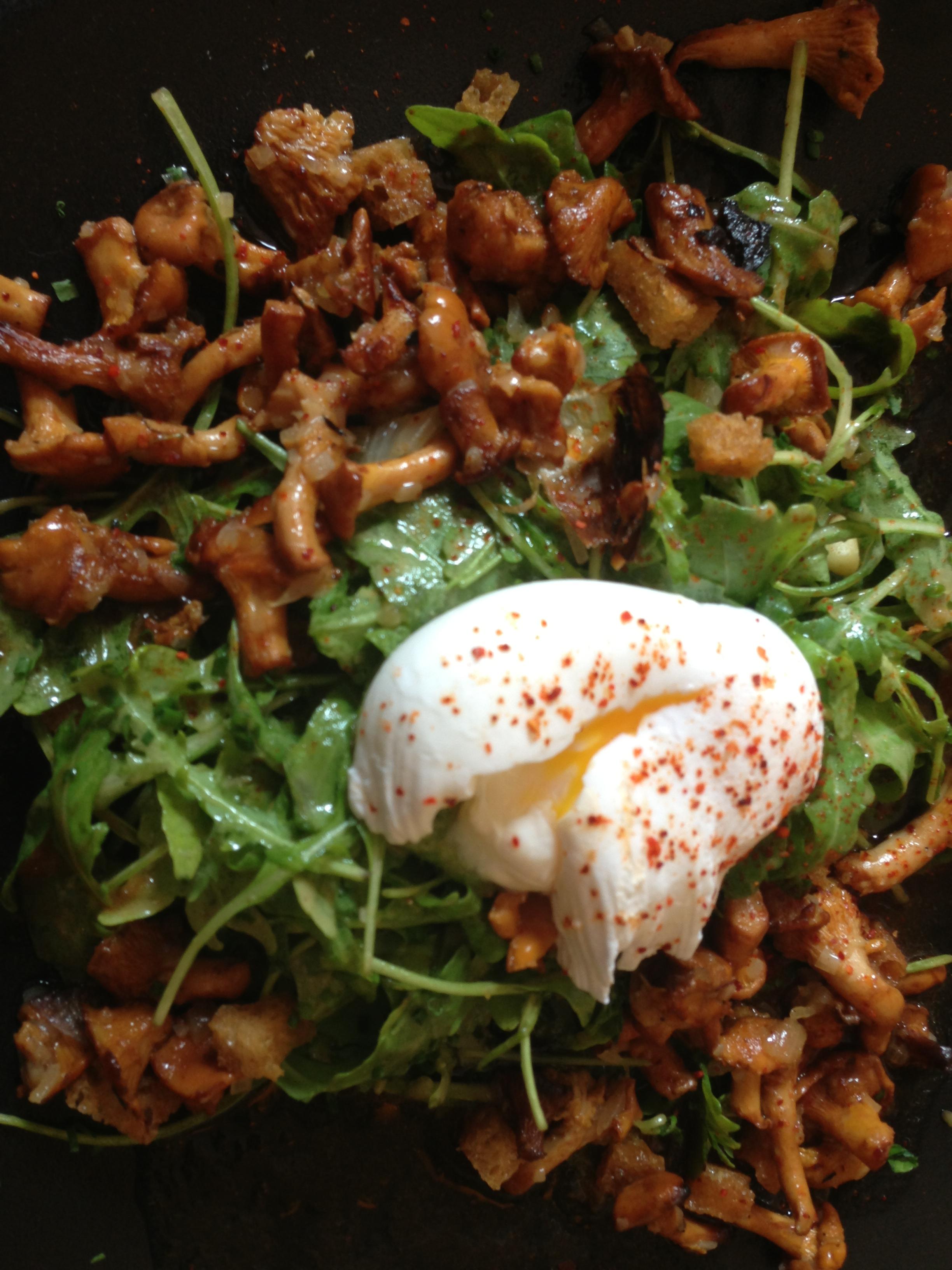 Poêlée de girolles en salade © DC