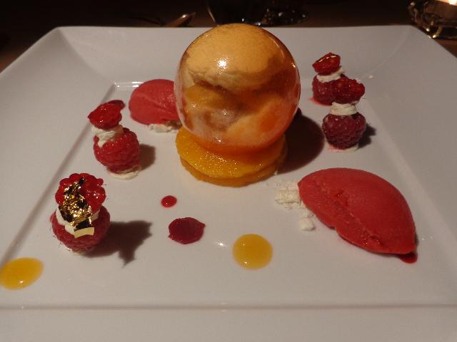 Abricots et framboises ©GP